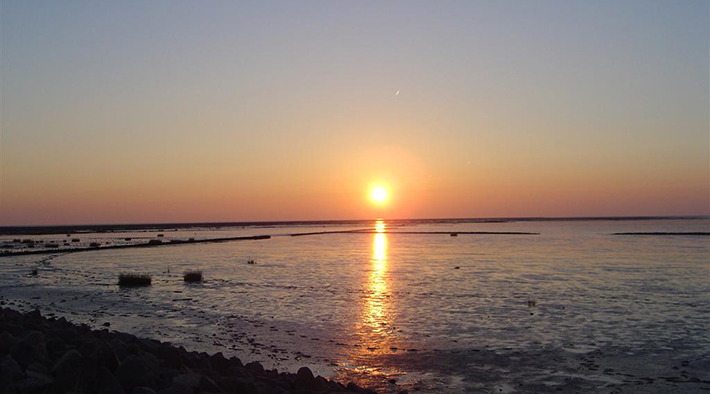 Abendhimmel über dem Wattenmeer